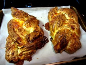 Cheesy Jalepeno Pull Apart Bread loaves