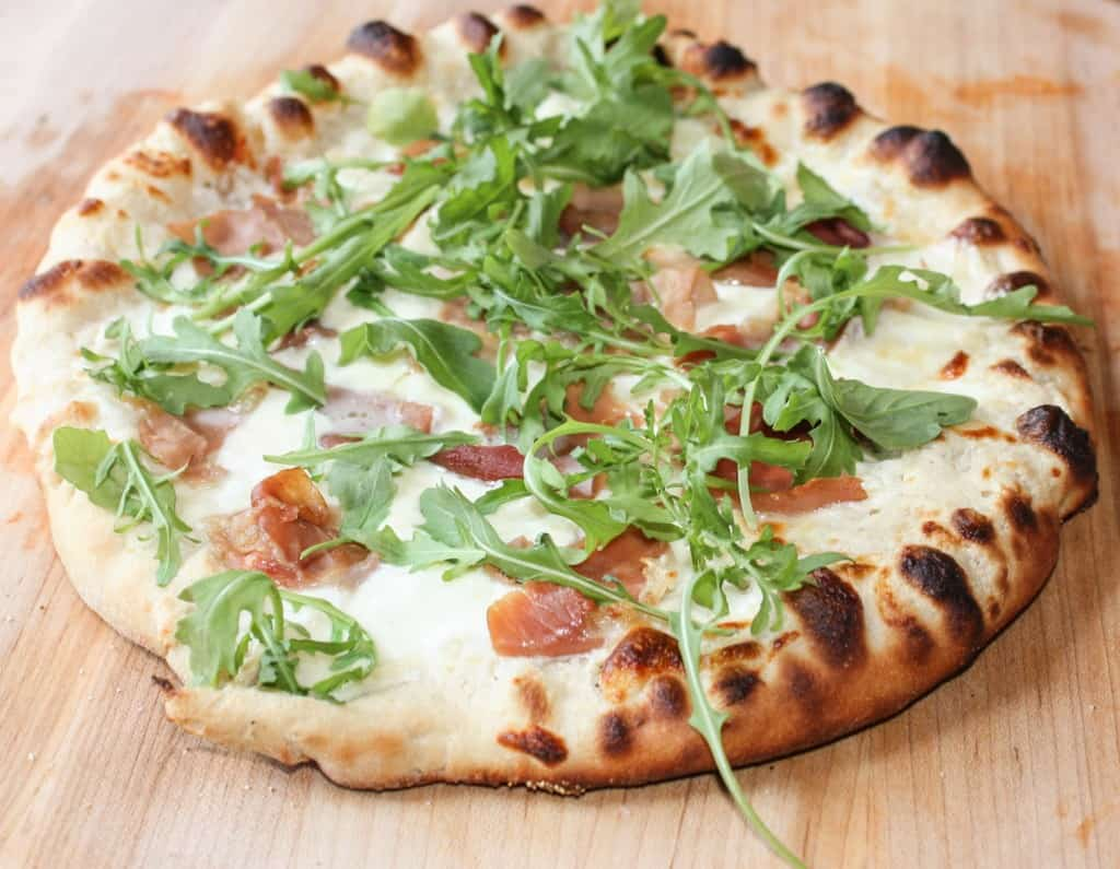 Garlic-Bechamel-Prosciutto-Pizza