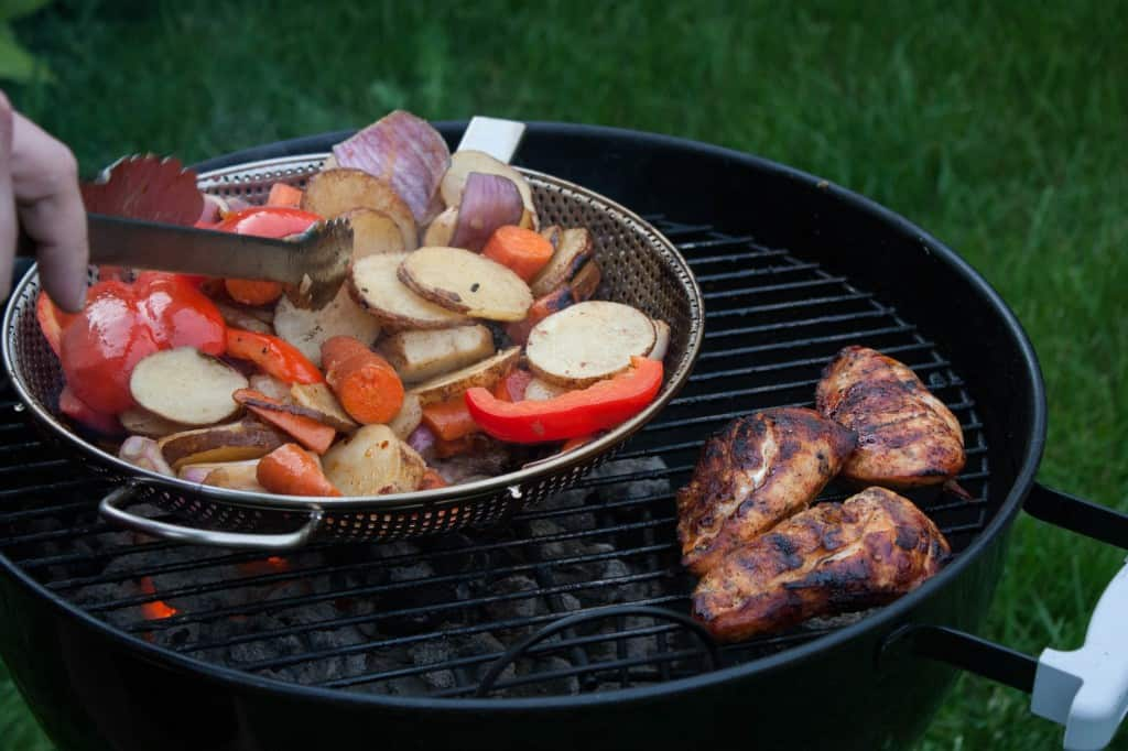 Sweet & Spicy Iced Tea Chicken and veggies