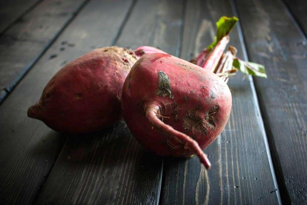 farmers-market-beets