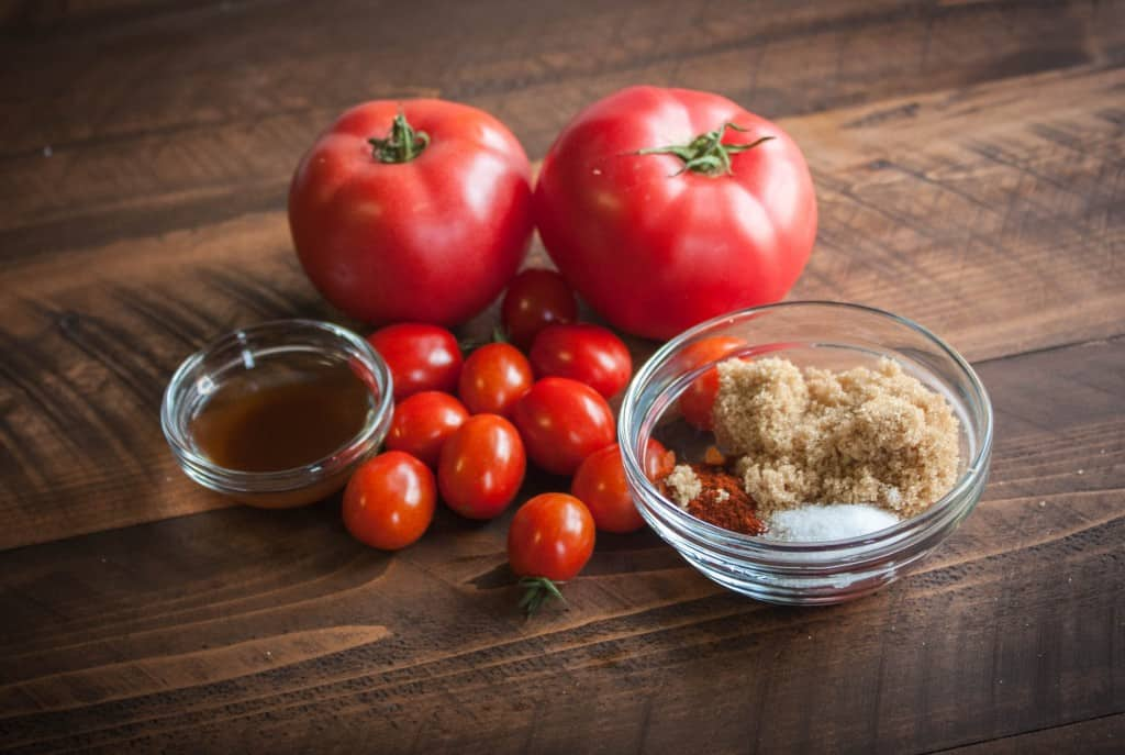Homemade-ketchup-ingredients