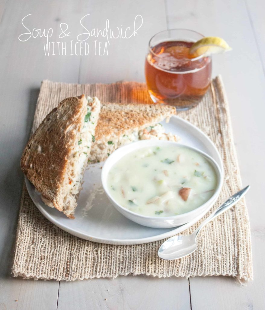 Soup-and-sandwich-with-iced tea
