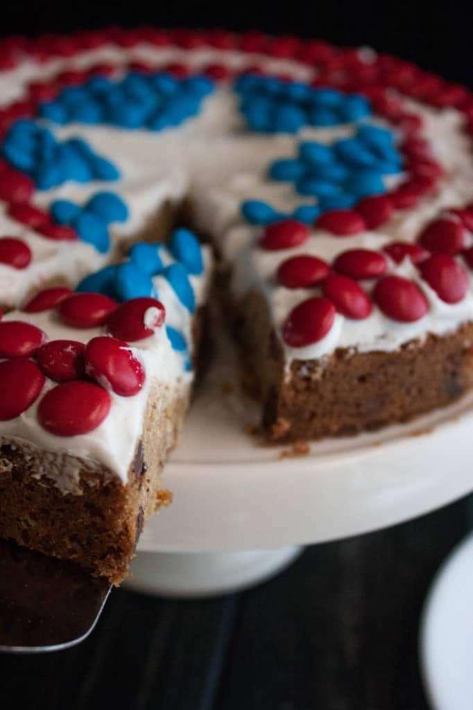 Captain-America-Cookie-Cake