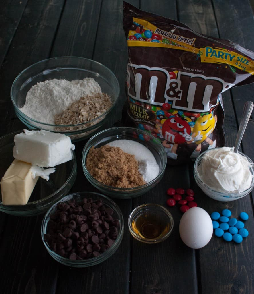 Chocolate-chip-cookie-cake-ingredients