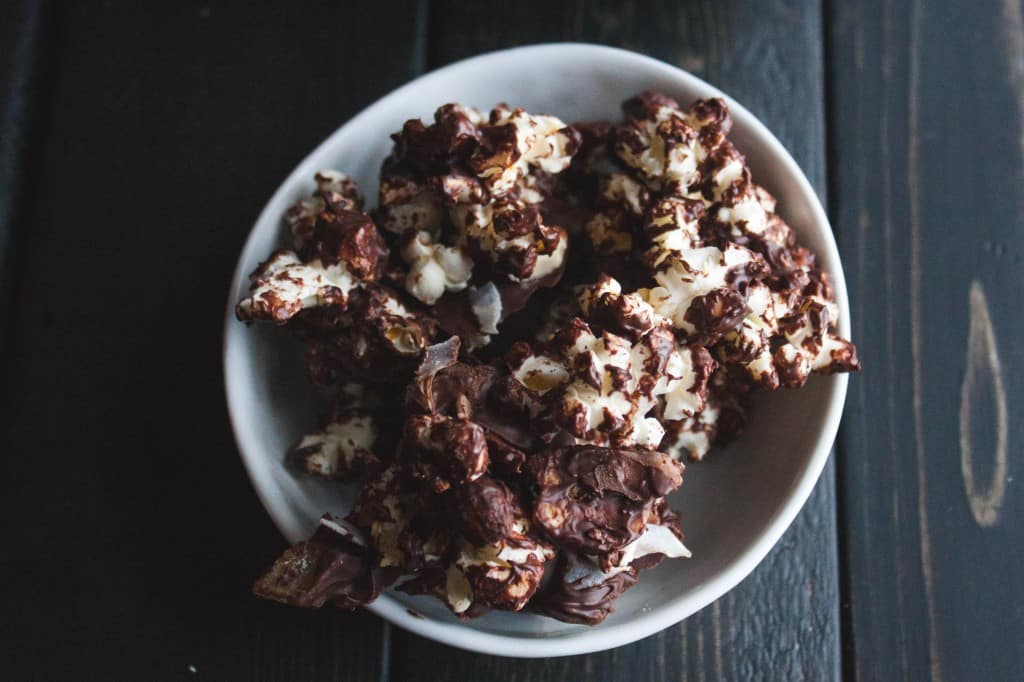 Tropical-dark-chocolate-popcorn-clusters