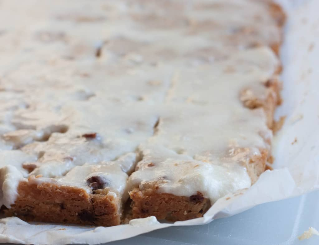 frosted-shortbread-bars