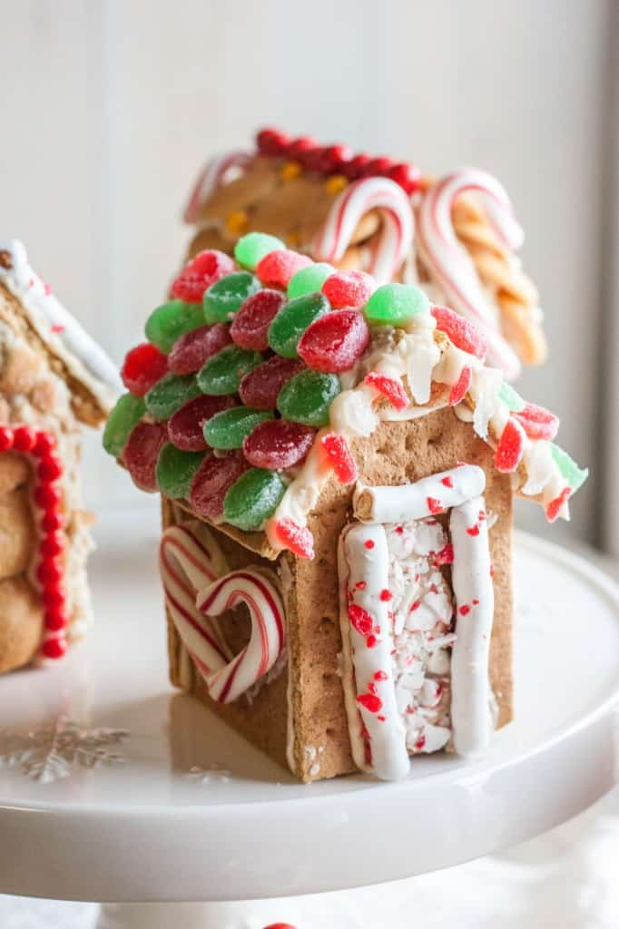 Mini-graham-cracker-houses