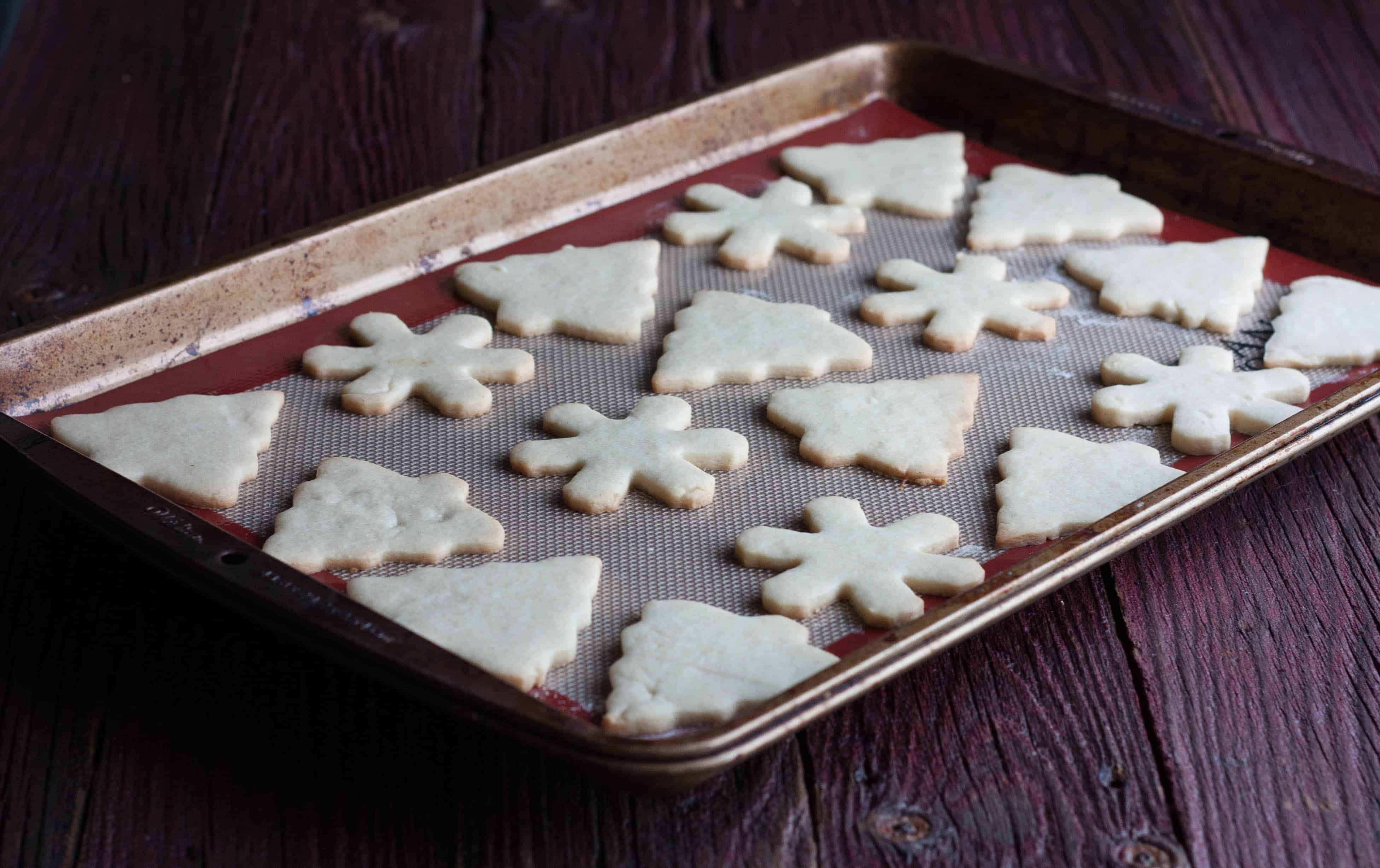 Sugar-cut-out-cookies-that-hold-their-shape