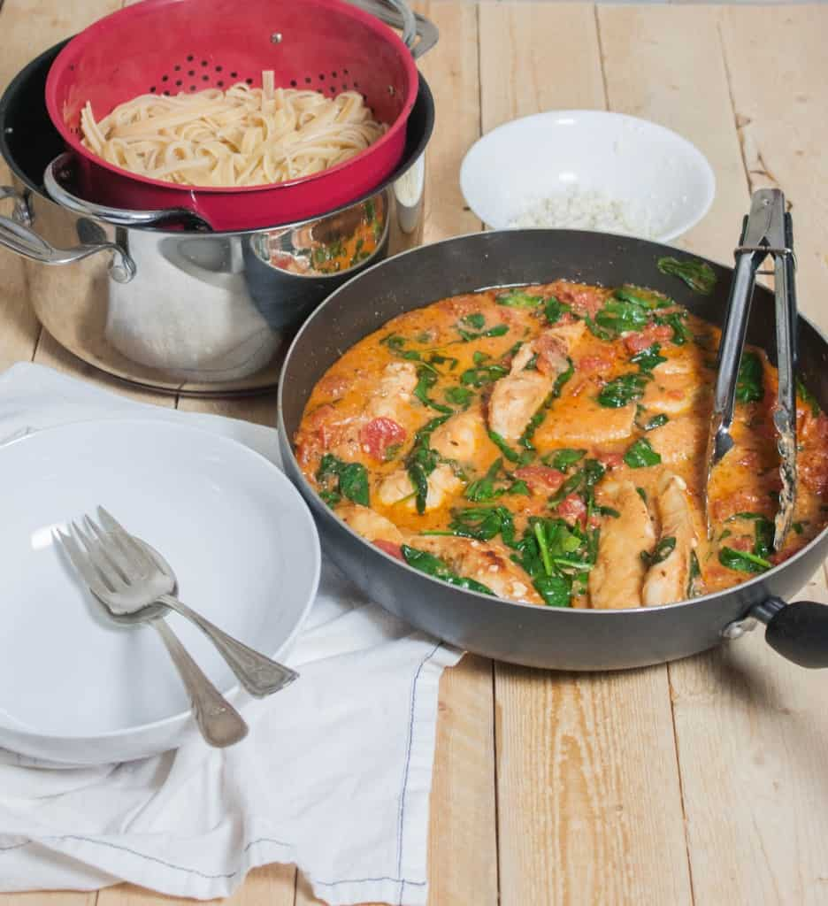 30-minute-Chicken-spinach-feta-and-tomato-pasta