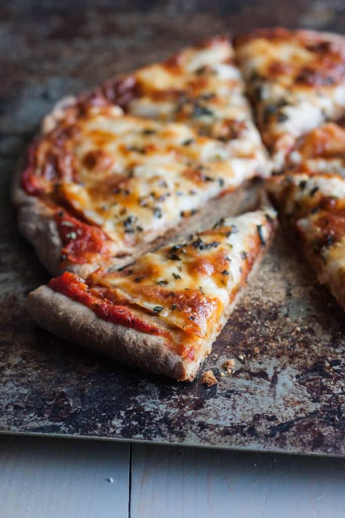 Pizza-with-whole-wheat-crust