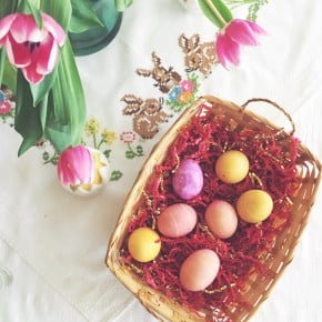 Reader Recreation how to dye Easter eggs with natural ingredients
