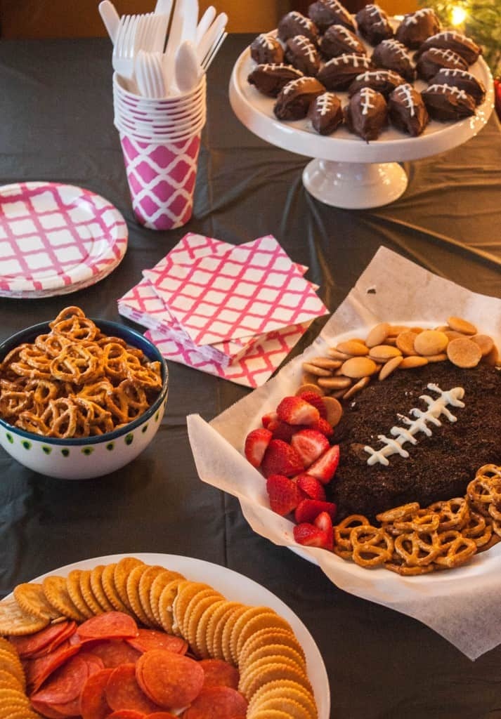 Oreo-cookie-balls-football-party-food