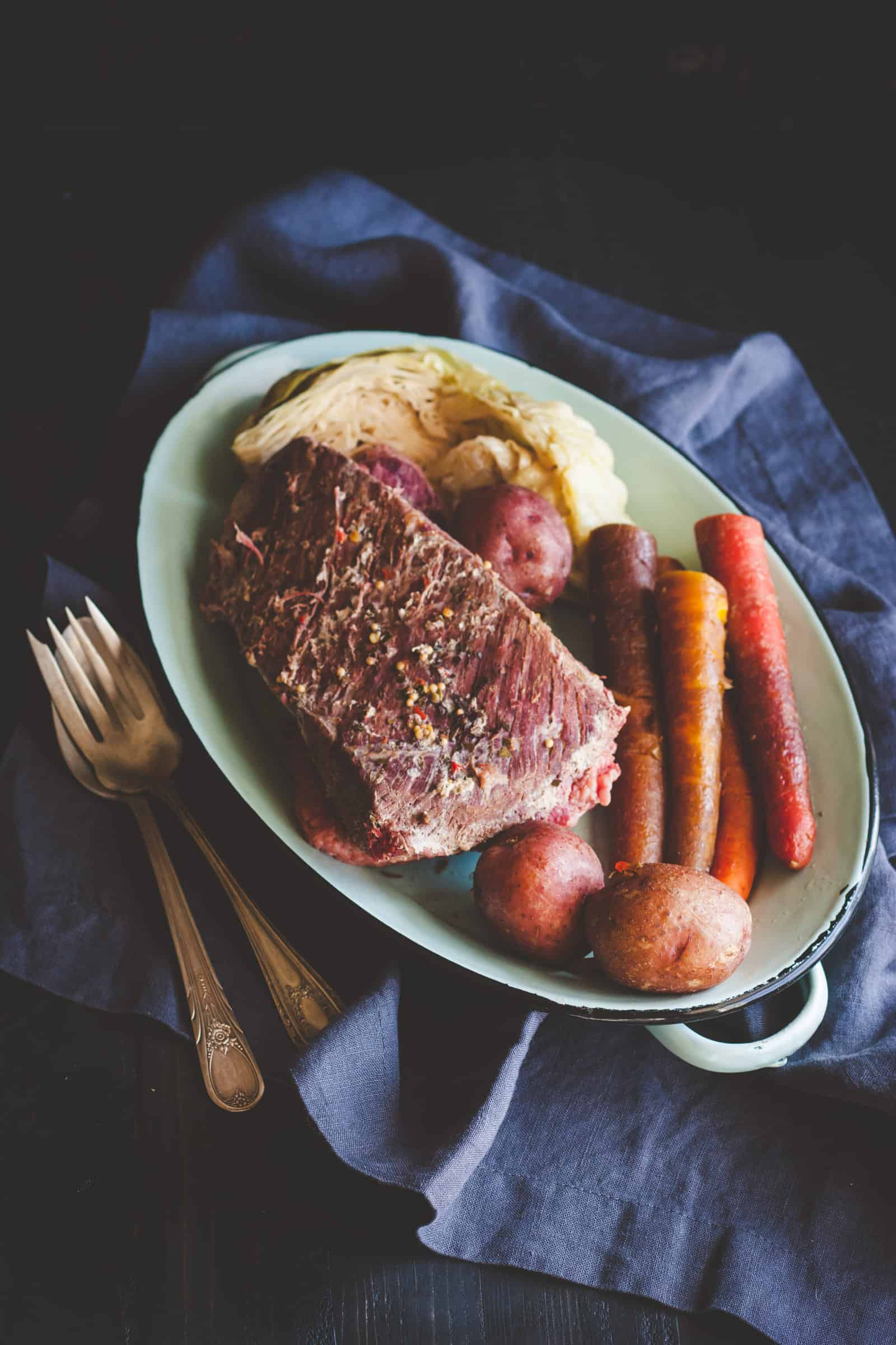 5 ingredient corned beef and cabbage, 5 ingredient crockpot corned beef cabbage potatoes and carrots recipe for St. Patricks day