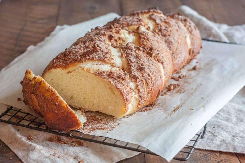 Cinnamon-sugar-challah-bread