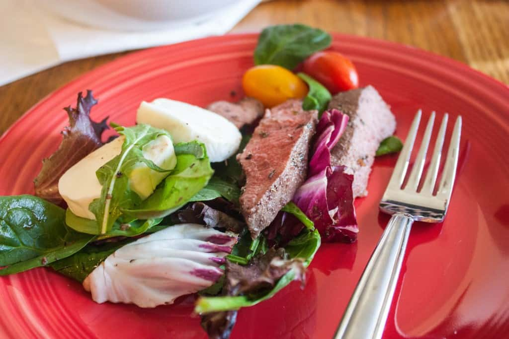 Flat-iron-steak-salad