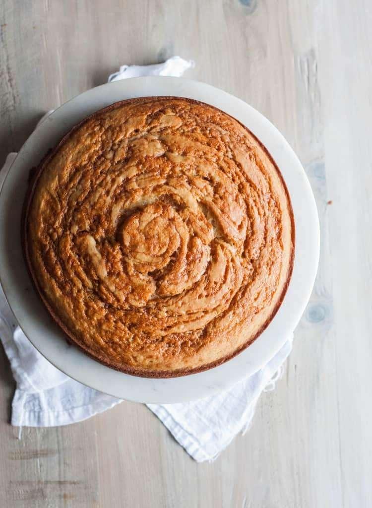 Banana-Caramel-Swirl-cake