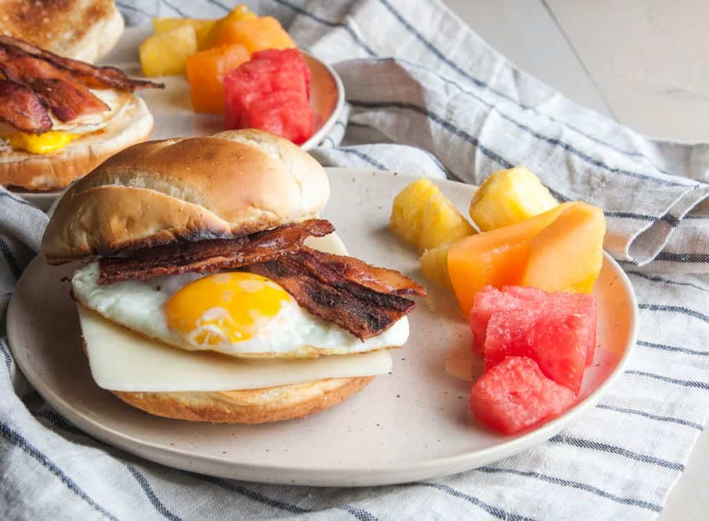 10 minute breakfast sandwiches from @sweetphi