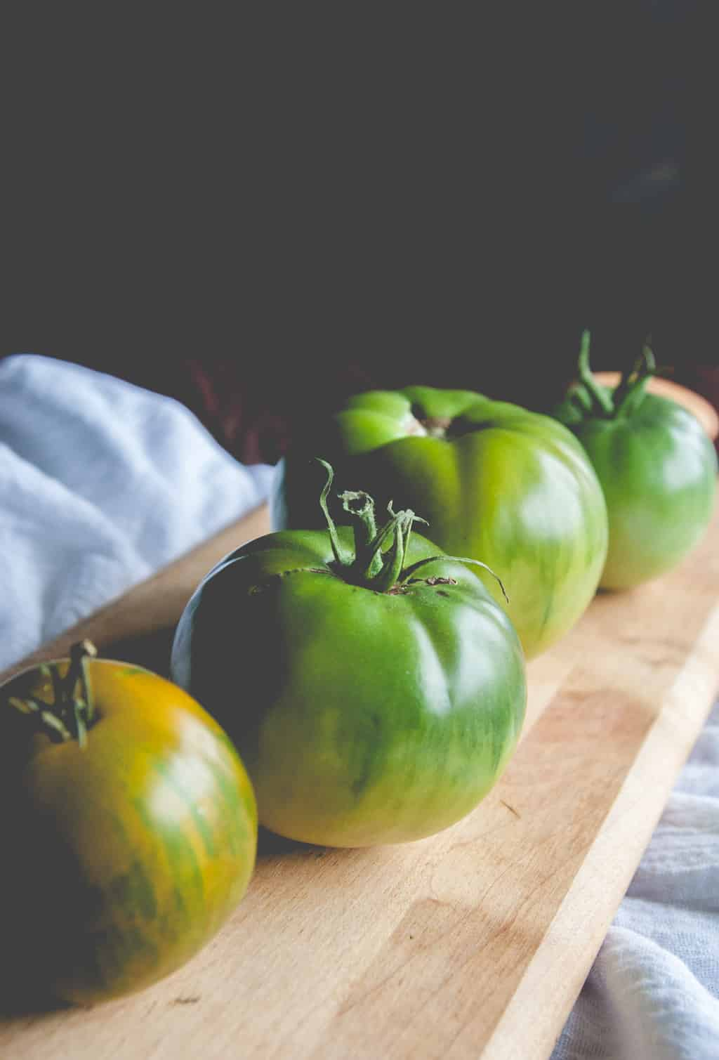 Zebra green tomatoes - green heirloom tomatoes
