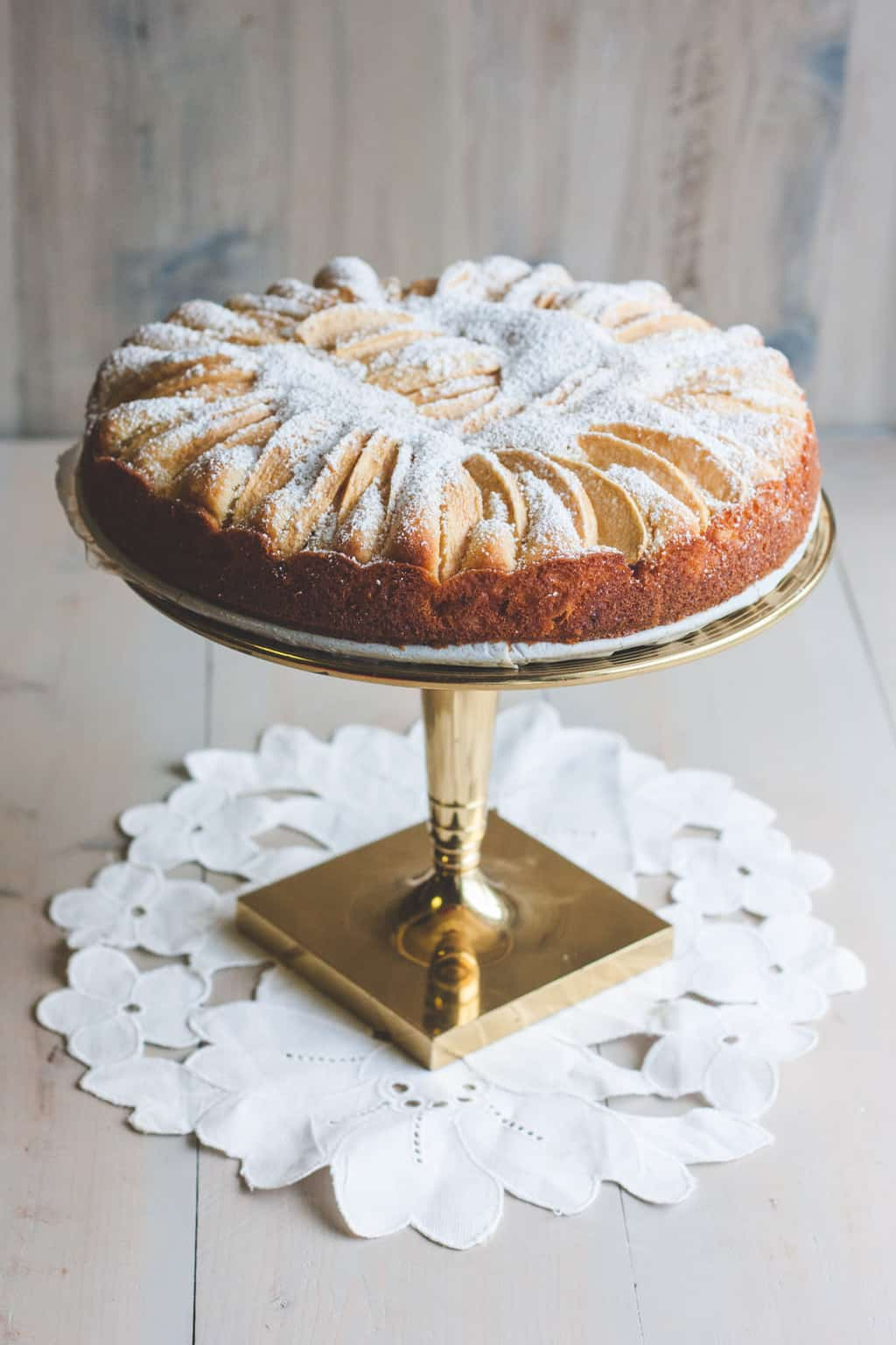 German apple cake recipe from @sweepthi