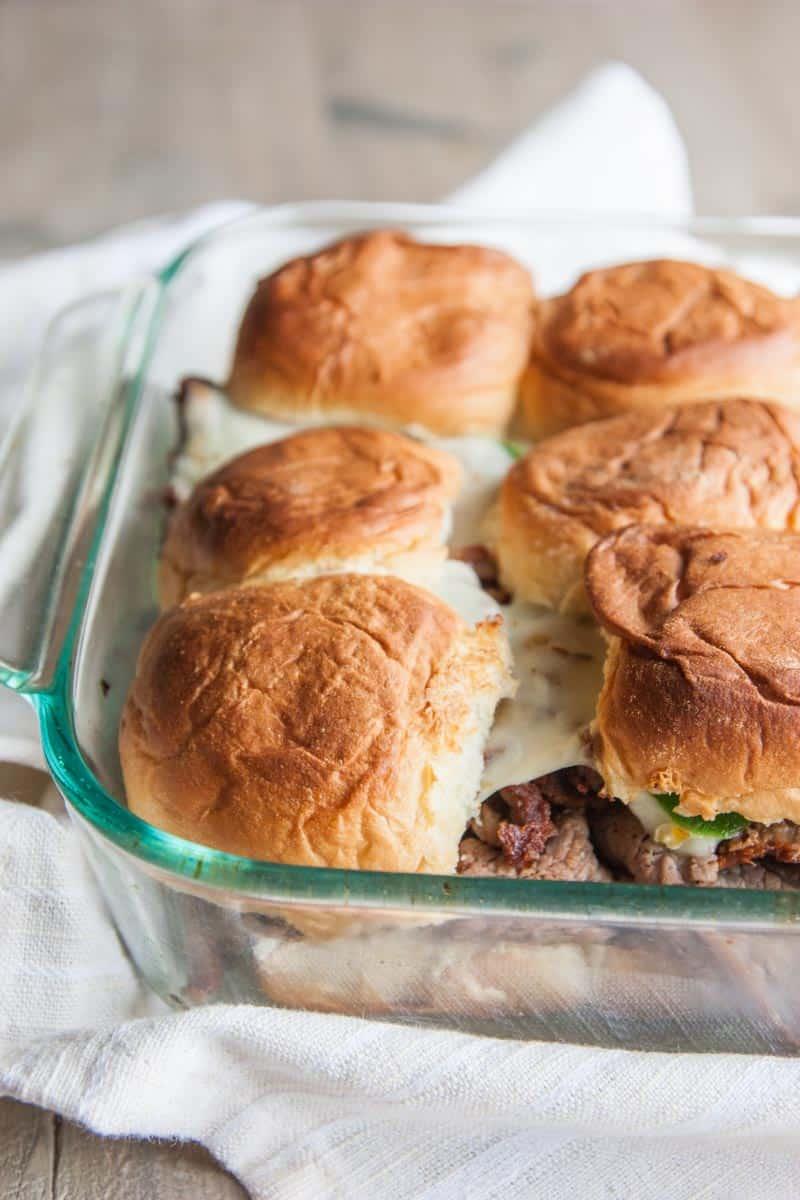 5 ingredient spicy roast beef sliders from @sweetphi