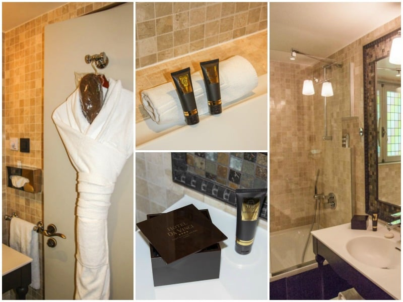 Hotel Da Vinci Bathrooms from @Sweetphi