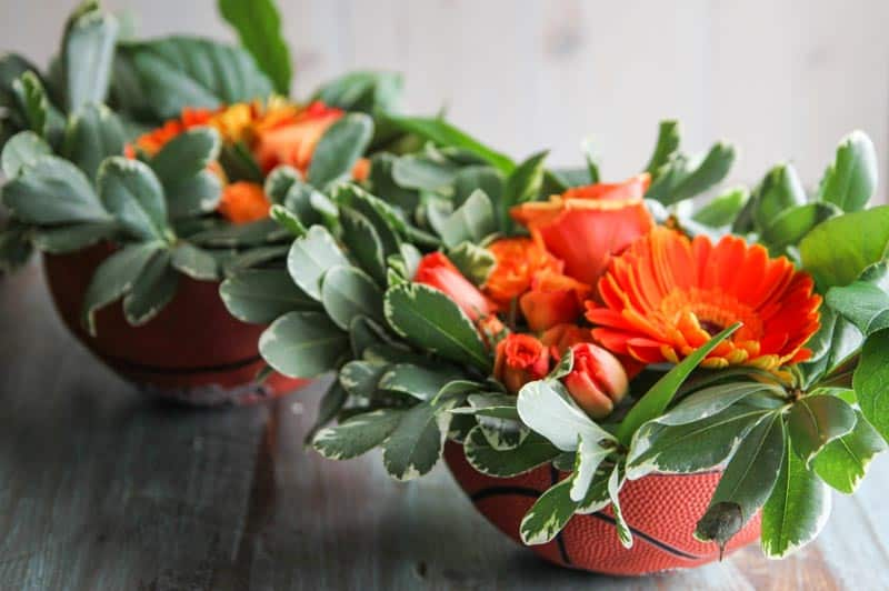 How to make a flower arrangement in a bowl from @sweetphi