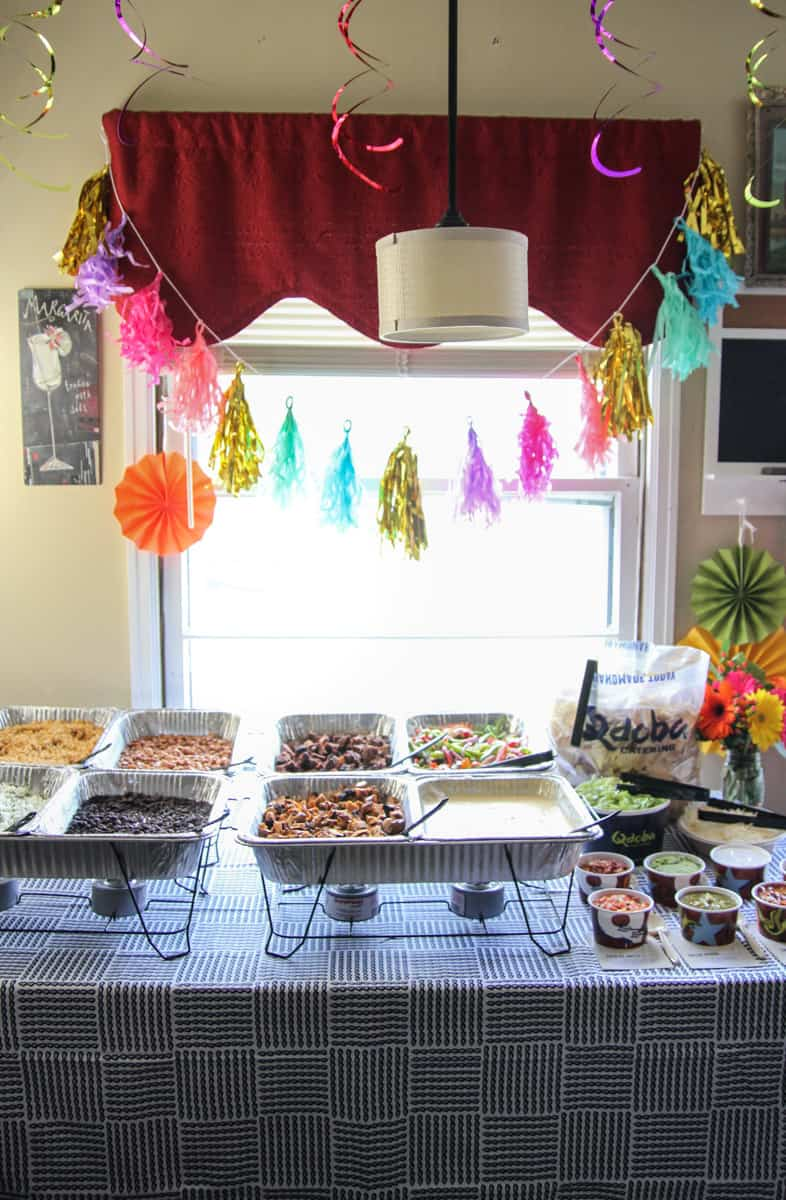 How to throw a Cinco de Mayo Fiesta from @sweepthi