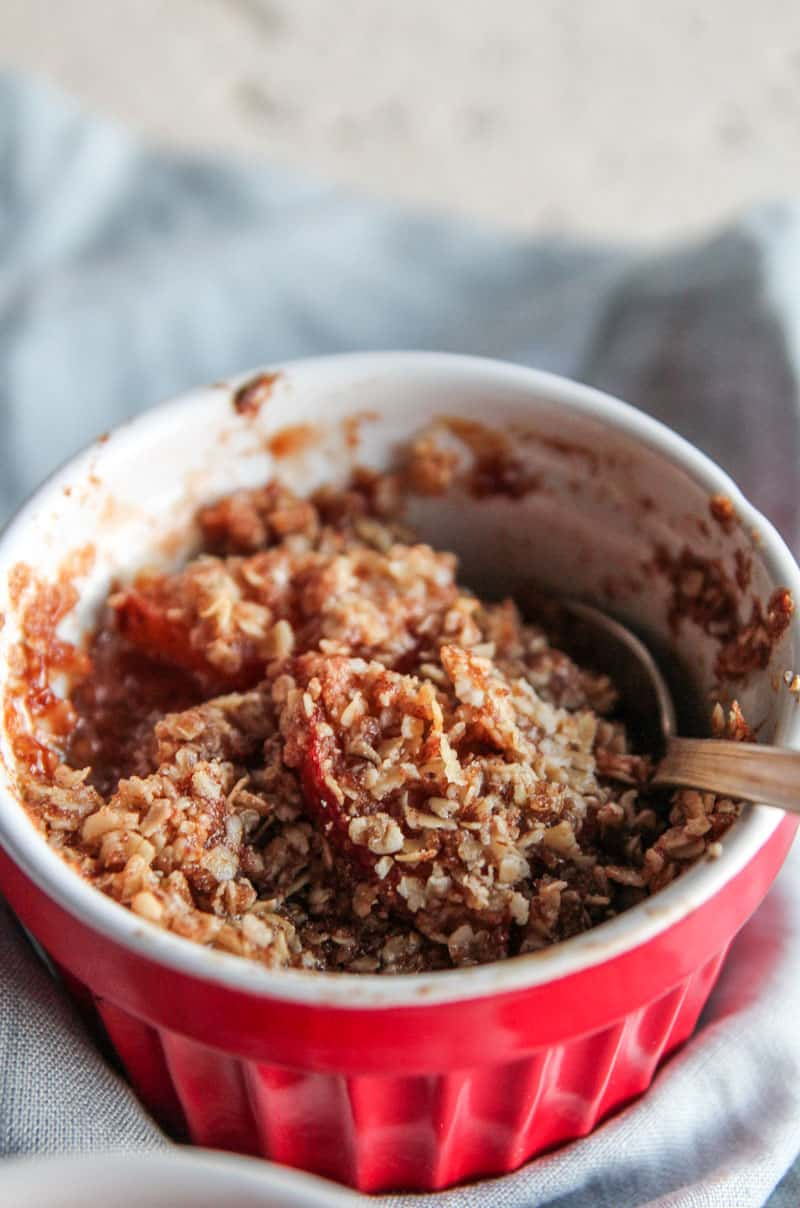 5 Ingredient Pear Crumble for two from @sweetphi