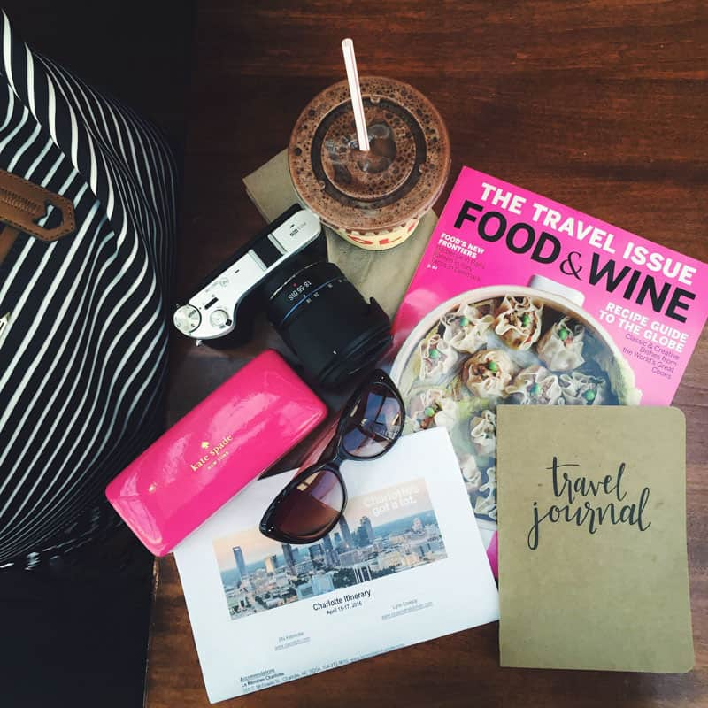 Mirrorless camera and travel journal @sweetphi