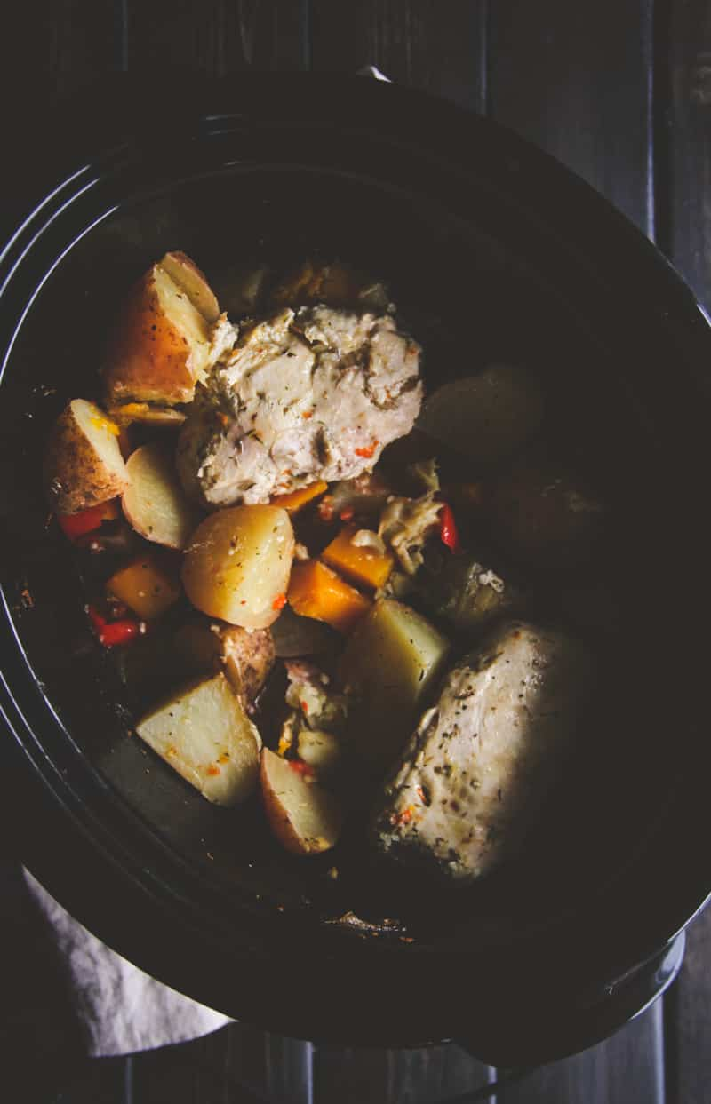 Crockpot Greek chicken and vegetables from @Sweetphi