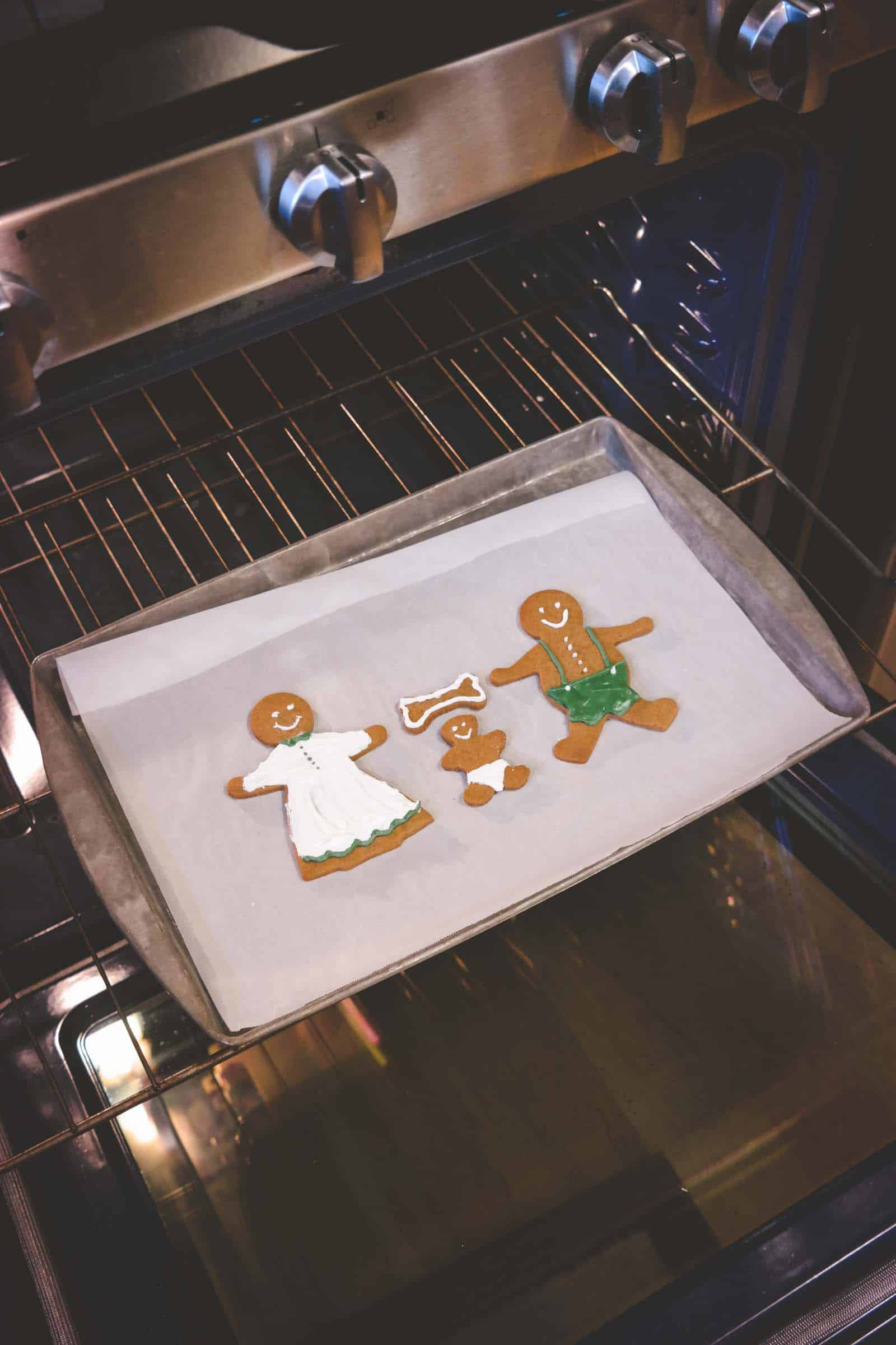Gingerbread family - pregnancy announcement Christmas card
