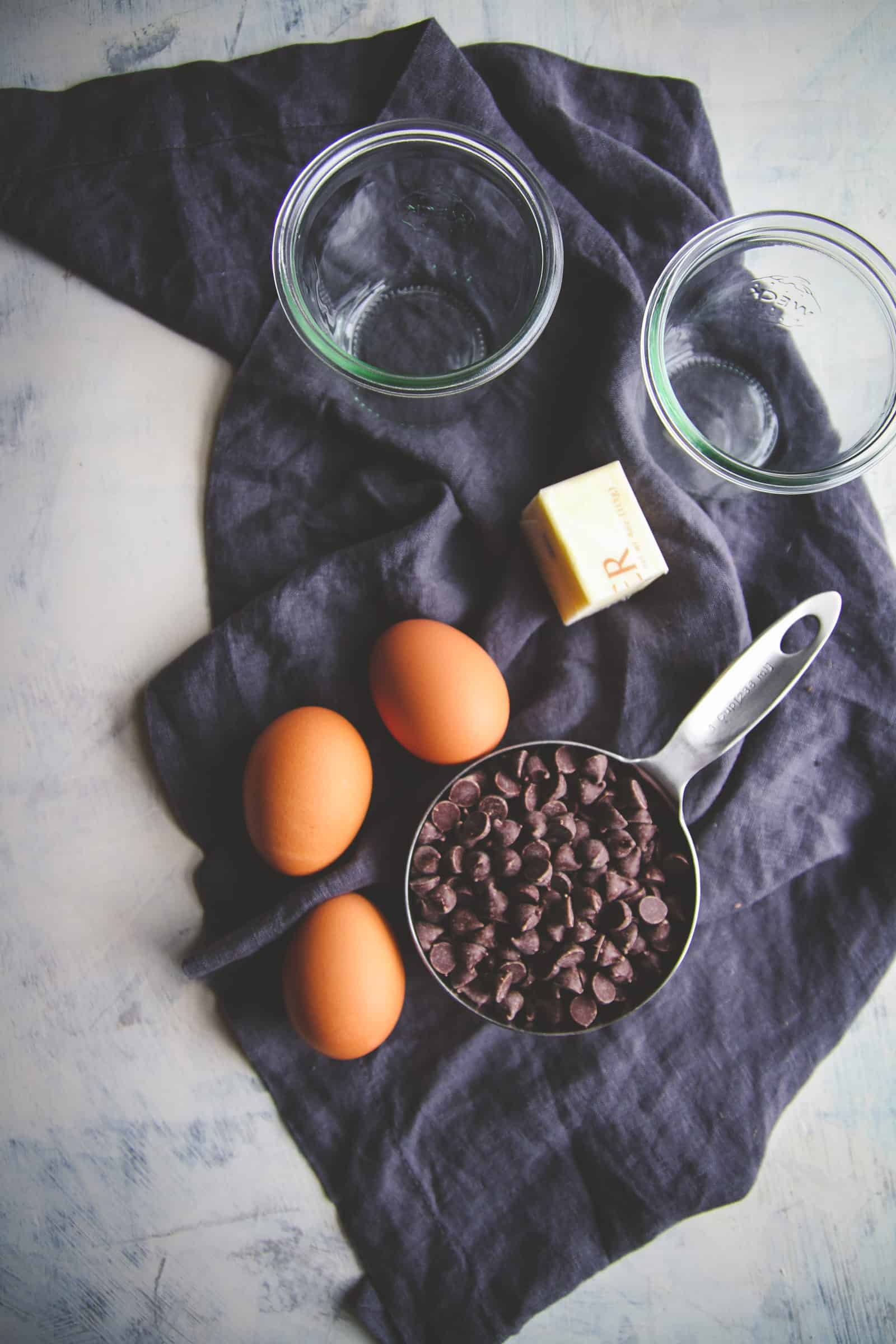 5 ingredient chocolate cake for two