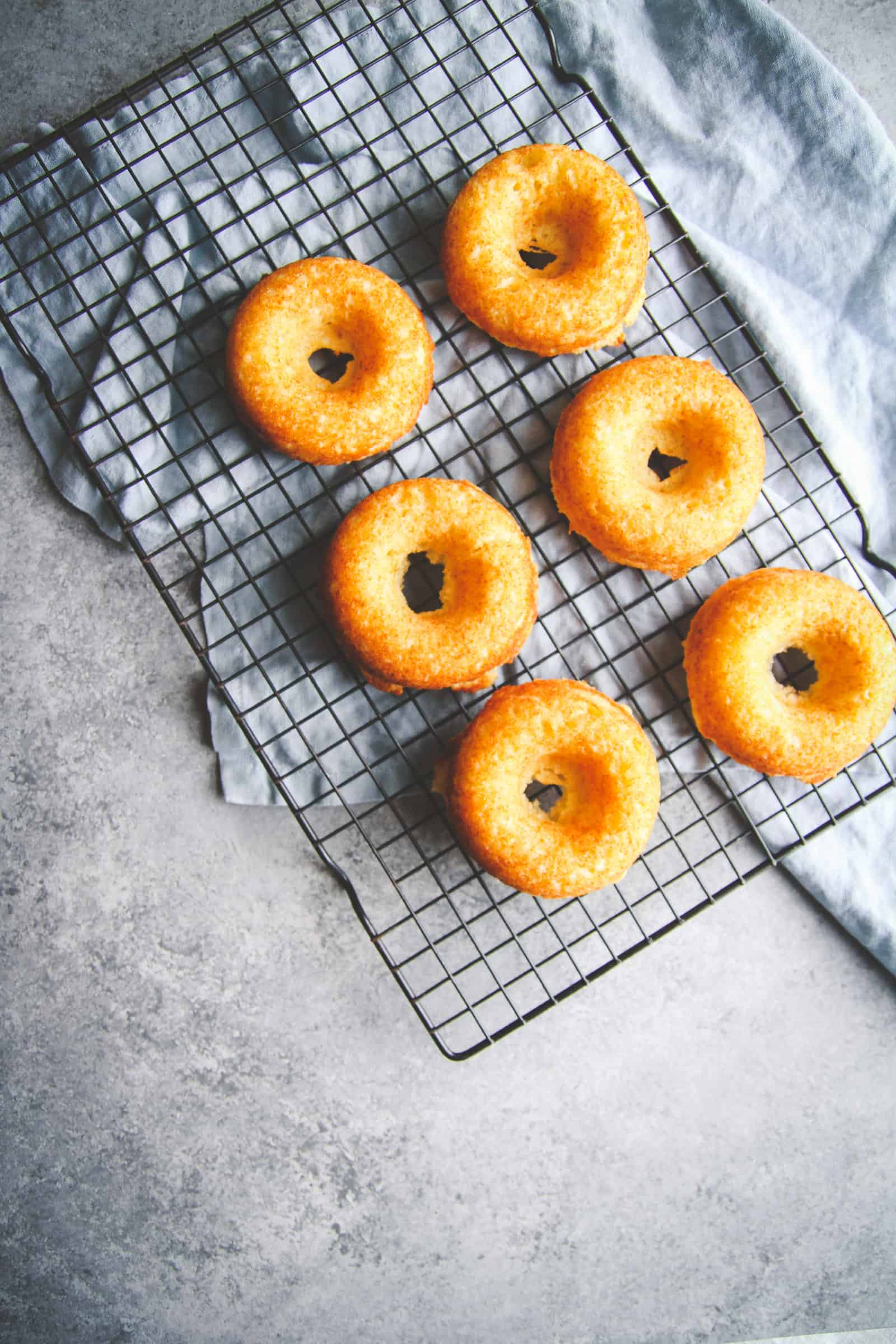 How to make lemon baked donuts