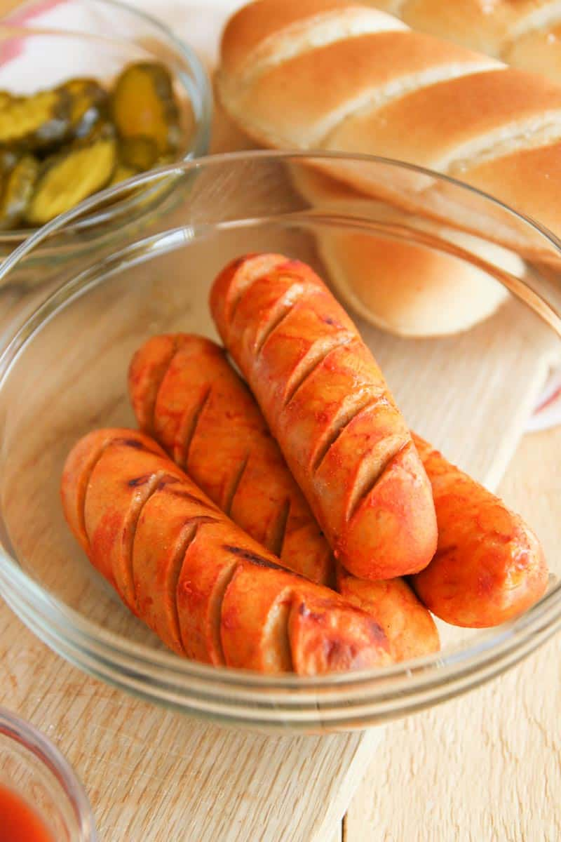 5 ingredient grilled hot chicken sausages