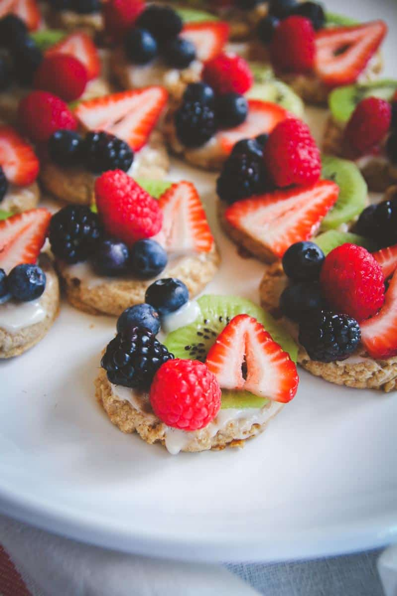 Whole wheat fruit pizza cookies, the perfect healthy baking summertime treat