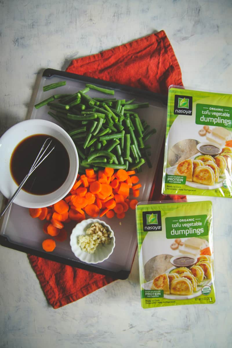 One pan vegetarian dumpling recipe, easy vegetarian dinner recipe, 30 minute vegetarian meals , meatless Monday