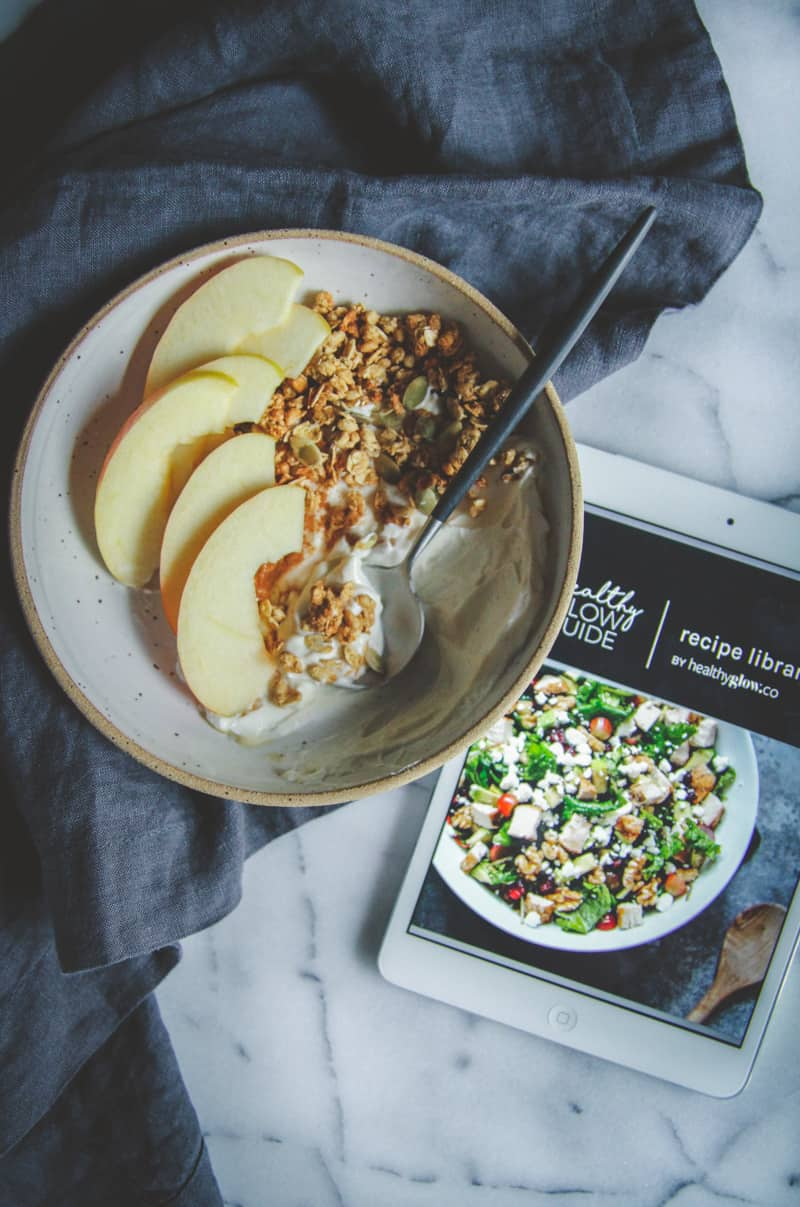 Healthy recipes, healthy yogurt breakfast bowls from the Healthy Glow Co