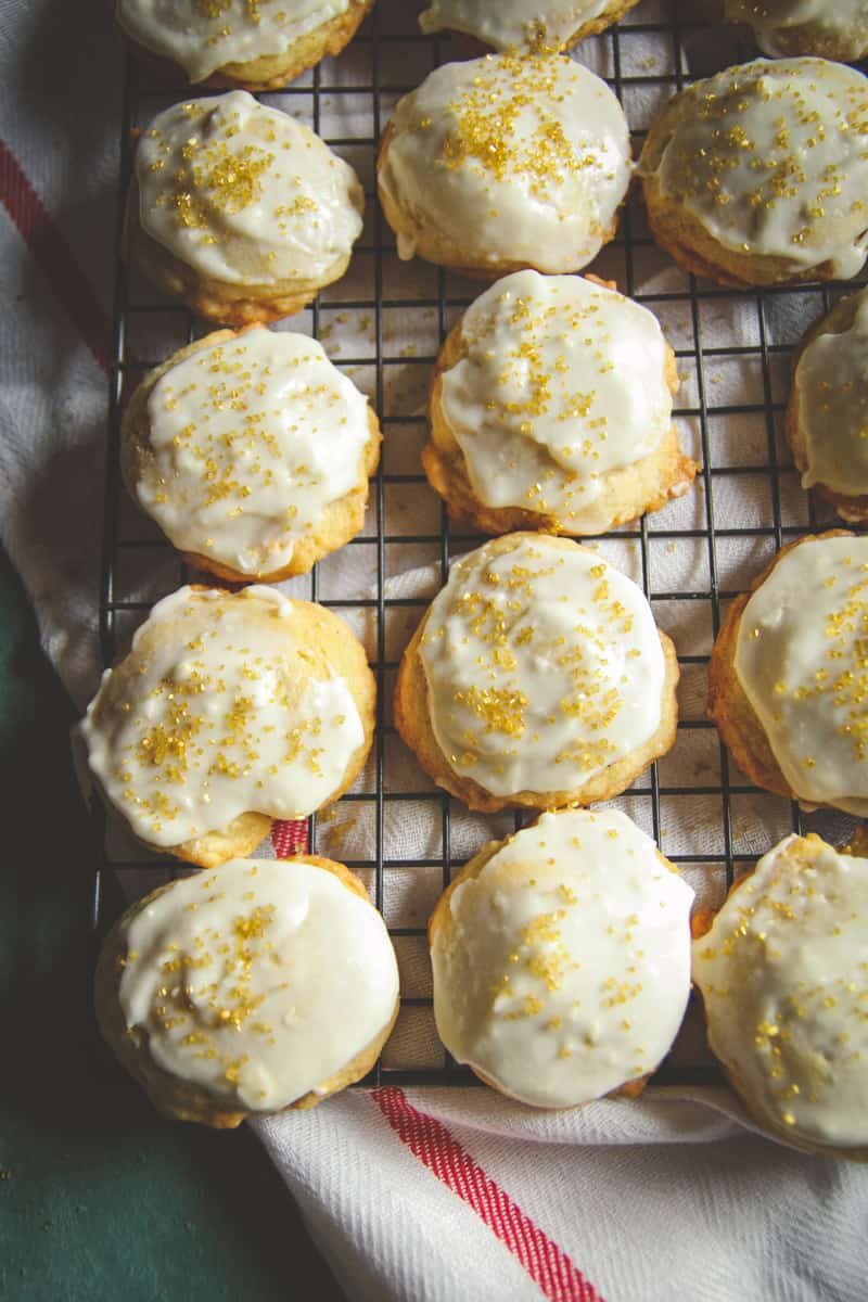 Eggnog Christmas Cookies Recipe (and 15 Christmas cookies to bake this year!)