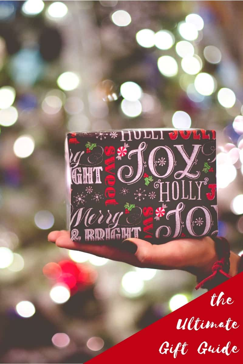 Ultimate Gift Guide & Christmas Giveaway!