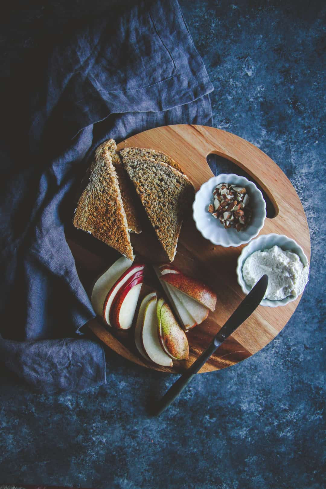 Ricotta honey pear toast recipe - delicious and nutritious breakfast toast recipe ingredients