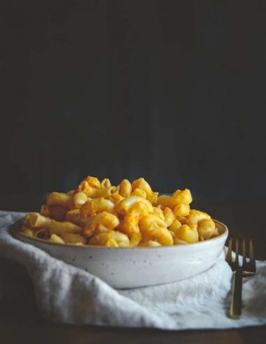 "5 Ingredient Vegan Mac and ""Cheese"" Recipe"