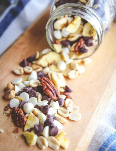 5 Ingredient Banana Chip Tuxedo Trail Mix