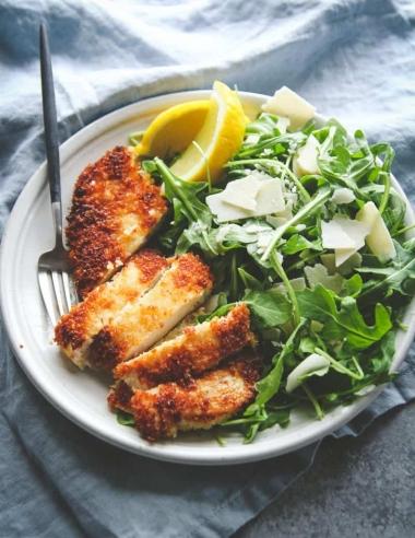 Crispy Chicken and Arugula Salad Recipe