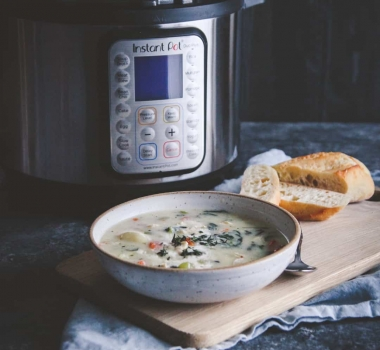 Healthy Instant Pot Creamy Chicken Gnocchi Soup