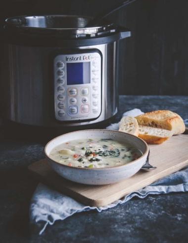Healthy Instant Pot Creamy Chicken Gnocchi Soup