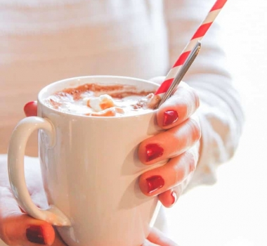 Hot Chocolate Mix Recipe {and how to set up a hot chocolate bar}