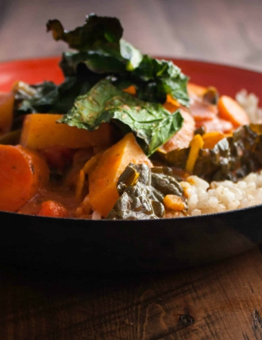 Kohlrabi Curry with Crispy Kale {naturally gluten free and vegan}