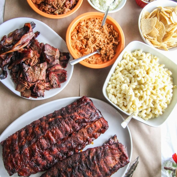 The best bbq and sides for a March Madness party from Pig of the Month by @sweetphi