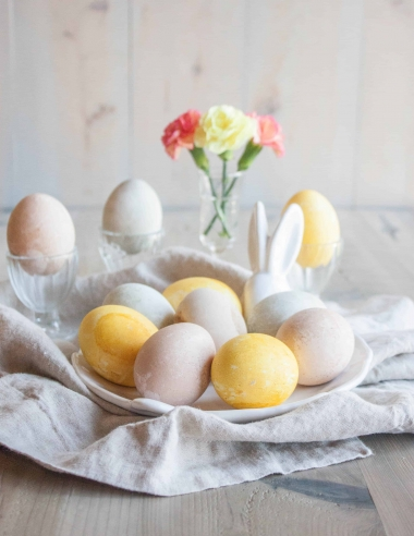 How to Dye Easter Eggs with Natural Ingredients