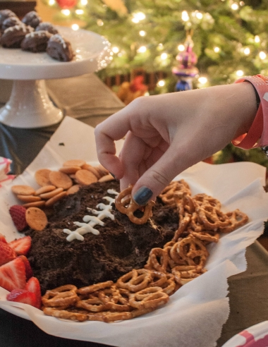 OREO Cookie Ball Dip and a Girly Football Party